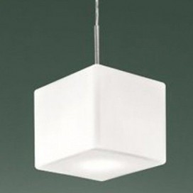 Leucos Cubi 16 - Lampada a sospensione con diffusore in vetro bianco
